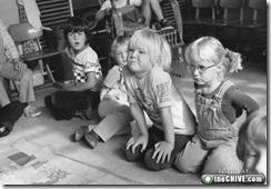 old-photos-black-white-kids-13