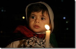 gaza-child-candle-independence1